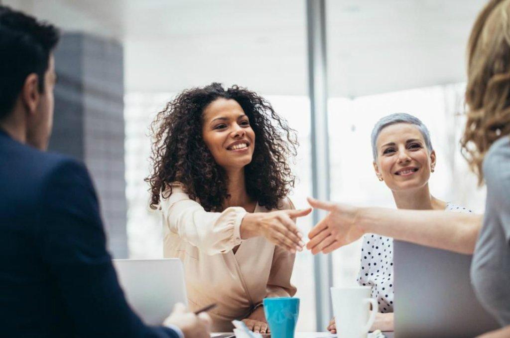 Recrutar executivos de diversidade é tendência; veja como contratar