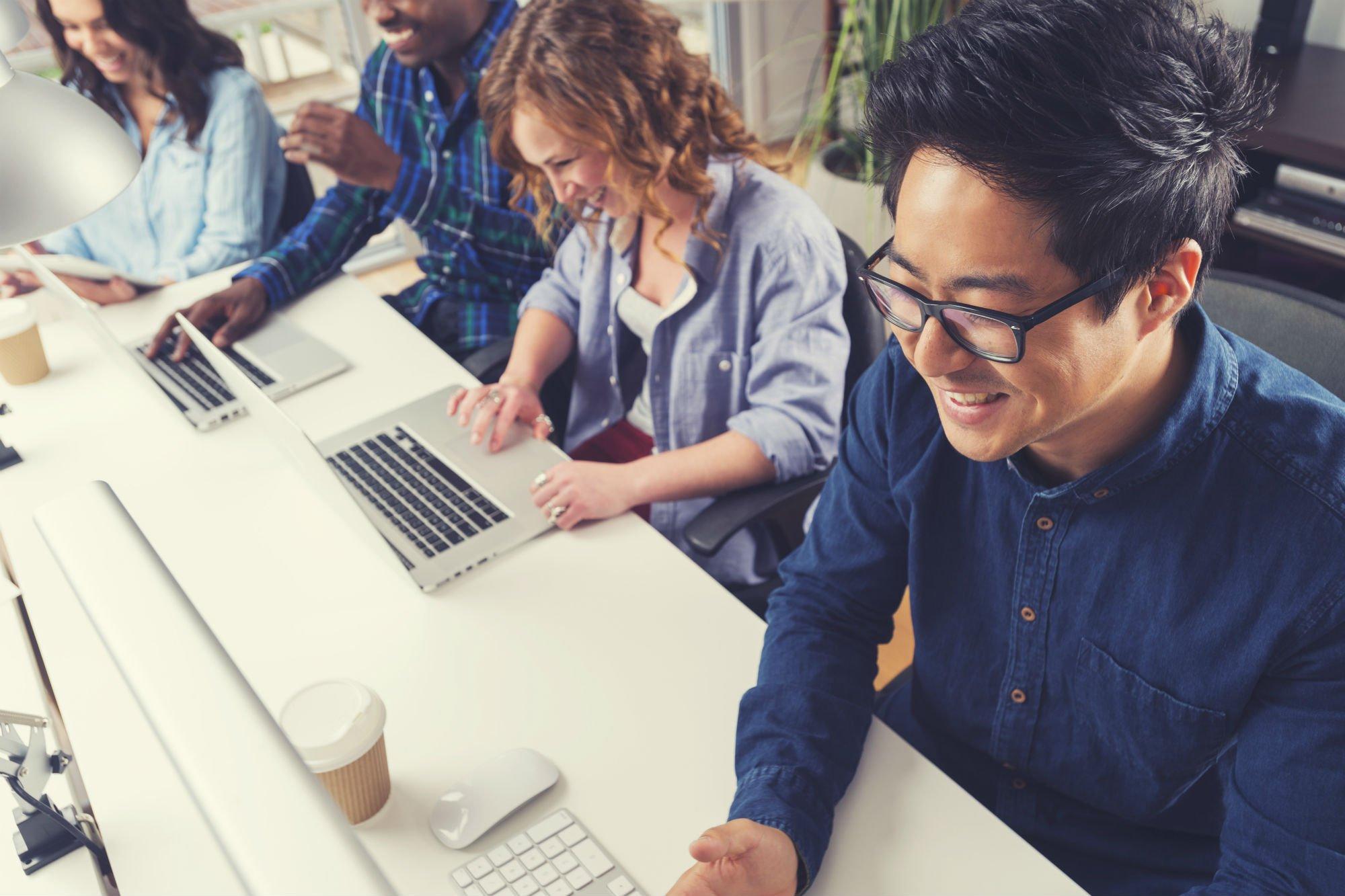 4 maneiras criativas de atrair e manter funcionários millennials