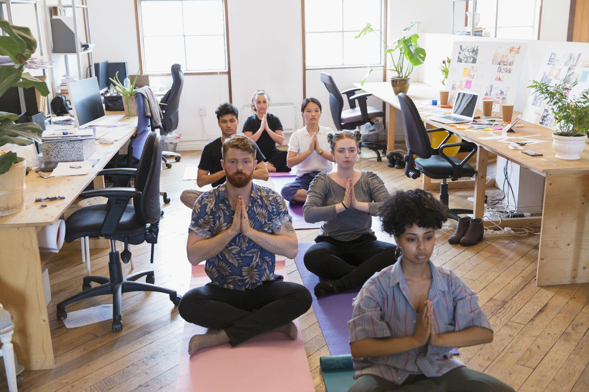 Por que a prática da atenção plena é o princípio de uma liderança consciente